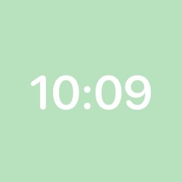 Simple clock pastel color