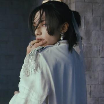 Hyunjin 1