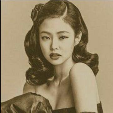 Kim Jennie vintage