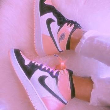pink jordans